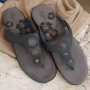 NIB  • Propét • Leather sandals • sz 9